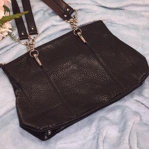 TIGNANELLO Pebbled Black Leather Shoulder Bag